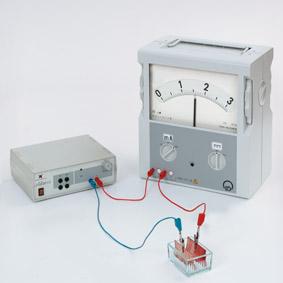Stromfluss in wässrigen Lösungen