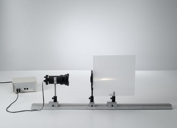 Brennweitenbestimmung an Sammel- und an Zerstreuungslinsen mit achsenparallelem Licht