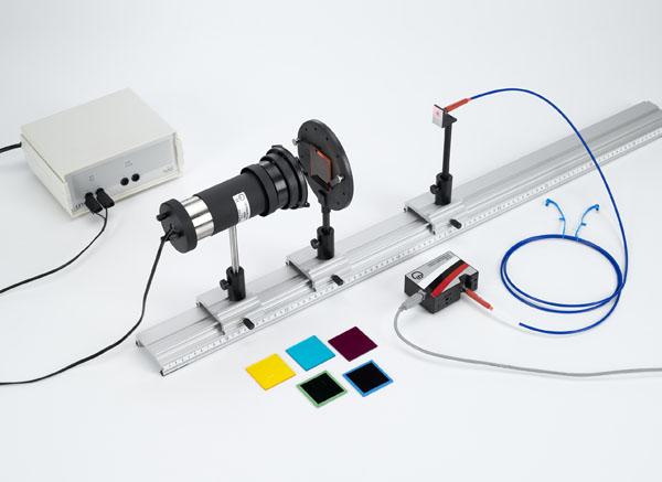 Absorptionsspektren farbiger Gläser - Aufzeichnung und Auswertung mit einem Spektralspektrometer