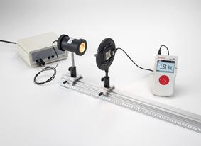 Bestimmung der Beleuchtungsstärke in Abhängigkeit vom Abstand der Lichtquelle - Messung mit Mobile-CASSY