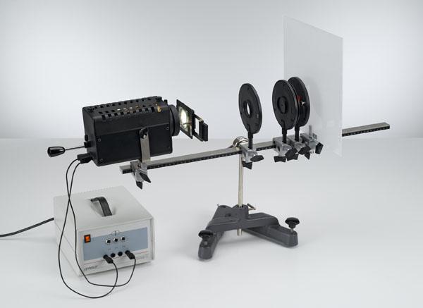 Optisches Analogon zur Elektronenbeugung an einem polykristallinen Gitter