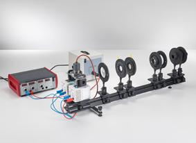 Beobachtung des normalen Zeeman-Effekts in transversaler und longitudinaler Konfiguration - Spektroskopie mit einem Fabry-Perot-Etalon