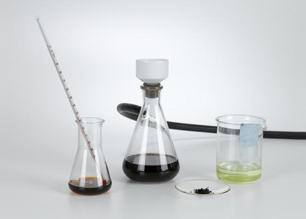 Synthese und Anwendung von Indigo